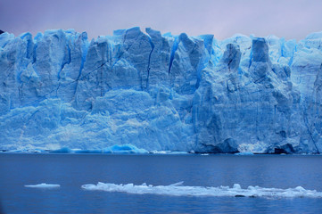 Picture captured in Perito Moreno Glacier in Patagonia (Argentin