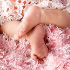 Babyfüße - barfuß