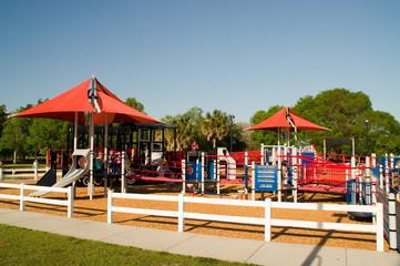 Spielplatz, Outdoor, Überdachung, überdacht, Schaukel