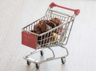 shopping cart with chocolate confectionery