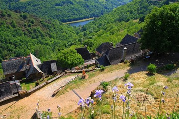Les toits de lauze de la Vinzelle, Aveyron