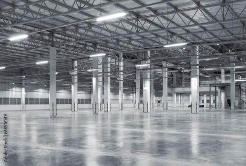 Empty factory - 66516149
