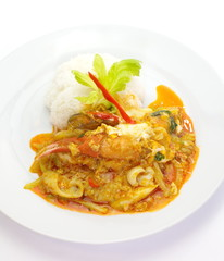 Fried crab with curry powder and white rice