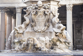 Fountain and the Pantheon in the square Rotonda (architect Giaco