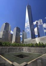 Fototapete - Monern skyline of lower Manhattan, New York City