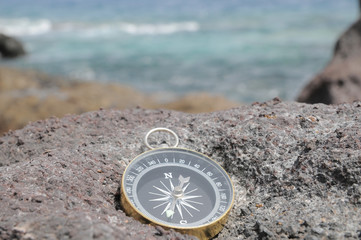 Compass and Ocean - Orientation Concept