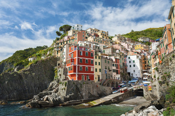Riomaggiore village on cliff, Liguria, Italy