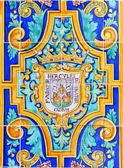 Escudo de Cádiz en azulejos, Andalucía, España