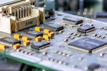 Elektronische Baugruppe
