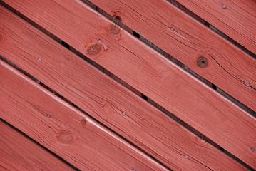 Holz in typischem Schwedenrot