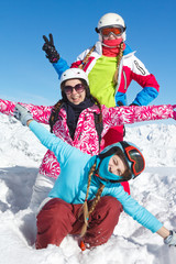 ski neige groupe adoslescentes