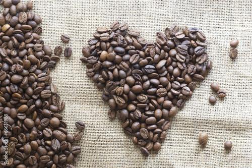 Papiers peints Café en grains Heart coffee