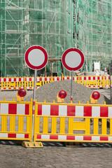 Verbot für Fahrzeuge aller Art - Strassenbauarbeiten
