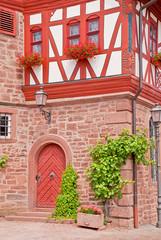 Detail am Rathaus von Kleinheubach mit fränkischem Fachwerk