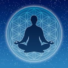 In Meditation mit der Blume des Lebens