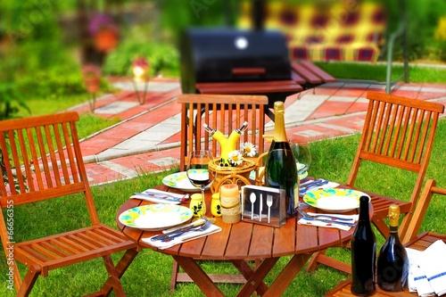 Foto op Aluminium Picknick Outdoor Dining Scene