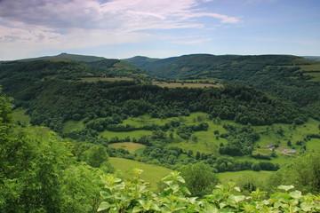 Panorama autour de Salers.(Cantal)