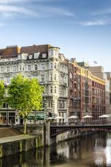 Historische Gebaeude bei der Fleetinsel Hamburg