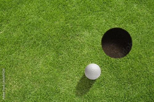 Aluminium Golf Golf ball near the hole