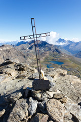 Croce in cima alla montagna