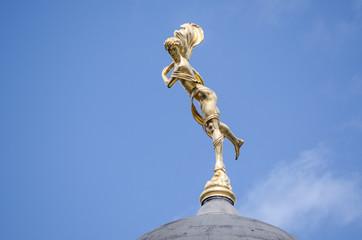 Bank of England statue, Ariel