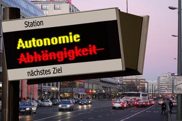 ANzeigetafel 5 - Autonomie