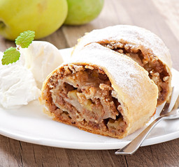 Apple strudel with ice cream