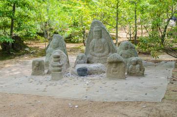 Statues at Kinkakuji temple