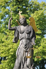 Eine Justitia Statue in Neresheim