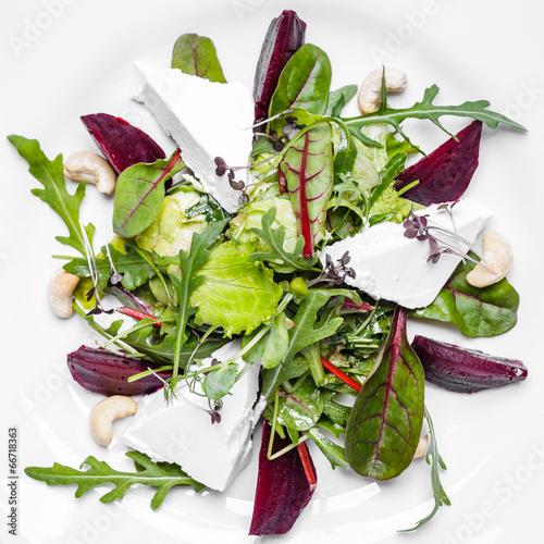 Fitness Salad with Arugula and Goat Cheese