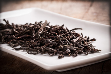 dried tea leaves