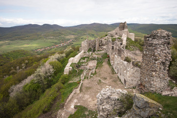 ruins of regec castle