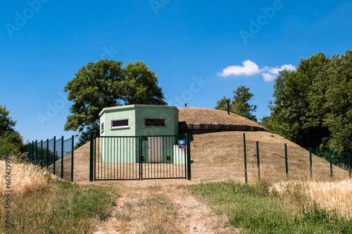 Leinwanddruck Bild Bunker