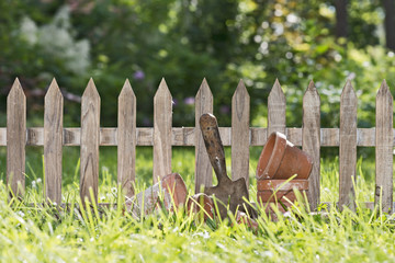 little garden fence