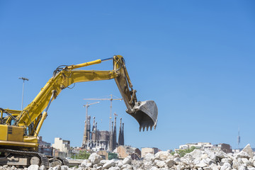 Excavator and the Sagrada Familia