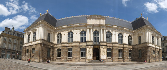 panoramique du parlement de Rennes