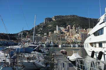 panorama di Monte Carlo dal porto