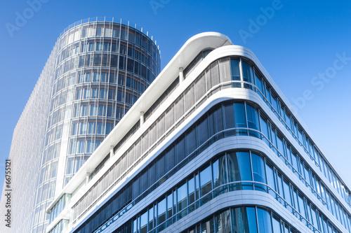 canvas print picture modernes Bürogebäude in Deutschland  - Hochhaus