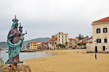 Santa Maria di Castellabate, Salerno - Cilento la Madonna
