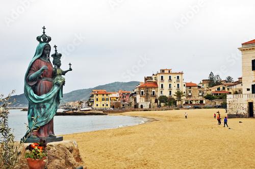 Leinwandbild Motiv Santa Maria di Castellabate, Salerno - Cilento