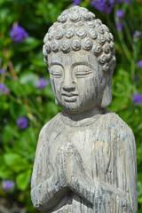 Boeddha in de lavendeltuin