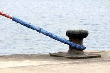Mooring on a Pier