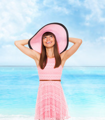 summer vacation woman pink dreess hat