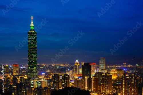 Poster Night scene of Taipei city