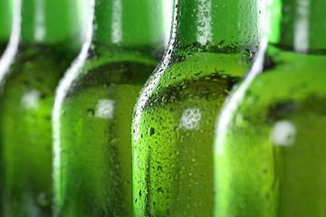 Kühles Bier in Flaschen