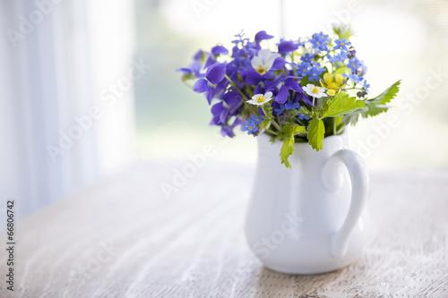 Fotobehang Pansies Wildflower bouquet