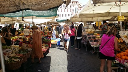 mercato campo dei fiori roma