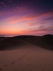 Morgendämmerung in den Dünen von Maspalomas auf Gran Canaria
