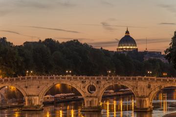 Sonnenuntergang am Tiber