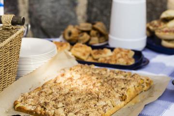 Streuselkuchen, streusel cake